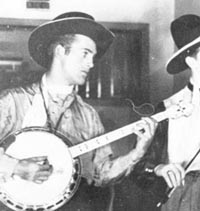 Unidentified (tenor banjo)
