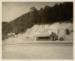 [Cumberland Gap tourist station and souvenir shop] / by [unknown].