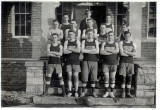 Men's basketball team, 1916